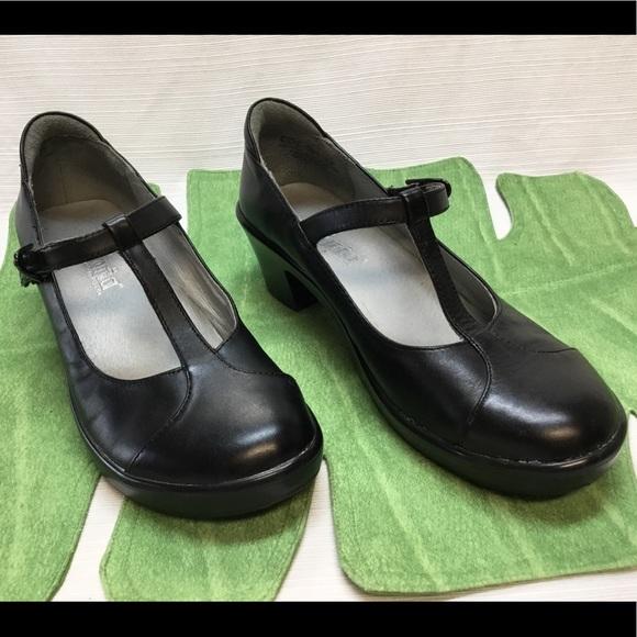 1c14e04bc57 Alegria Shoes - Comfortable Looking Low Heel. Alegria.